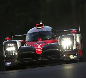 Toyota conquista pole histórica em Le Mans!