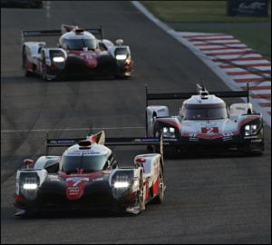 Toyota bate oposição na despedida da Porsche
