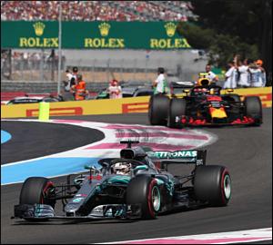 Hamilton domina no regresso a Paul Ricard