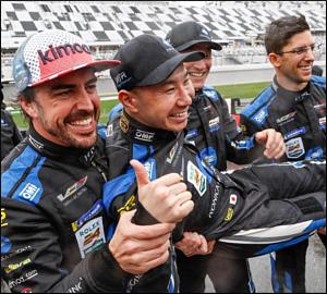 Fernando Alonso vence 24 Horas de Daytona