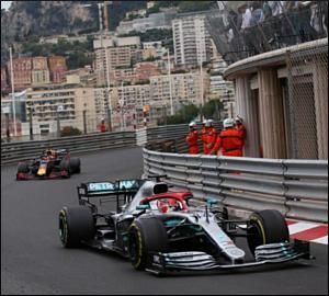Hamilton ao mais alto nível no Mónaco
