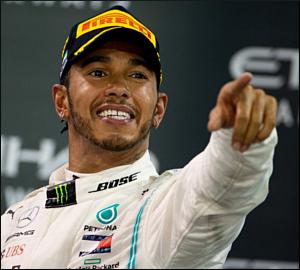 Hamilton encerra temporada com triunfo