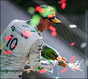 Pierre Gasly vence GP de Itália caótico!
